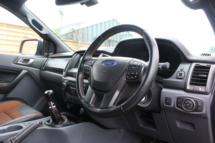 FORD RANGER WILDTRAK 4X4 TDCI 200 DOUBLE CAB - 6921 - 13