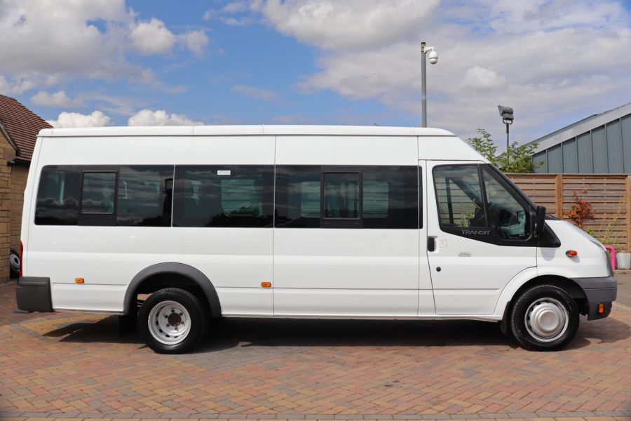 FORD TRANSIT 430 TDCI 135 EL LWB 17 SEAT BUS MEDIUM ROOF DRW RWD - 9732 - 4