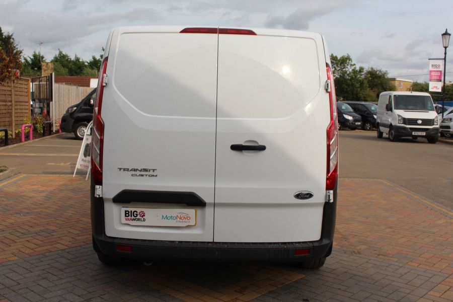 FORD TRANSIT CUSTOM 290 TDCI 125 L1 H1 SWB LOW ROOF FWD - 6562 - 6