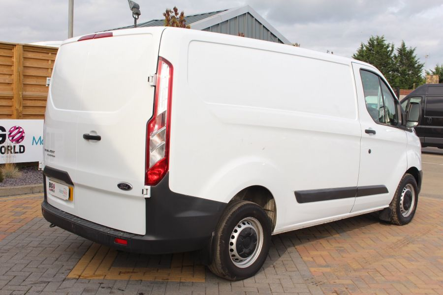 FORD TRANSIT CUSTOM 290 TDCI 125 L1 H1 SWB LOW ROOF FWD - 6562 - 5