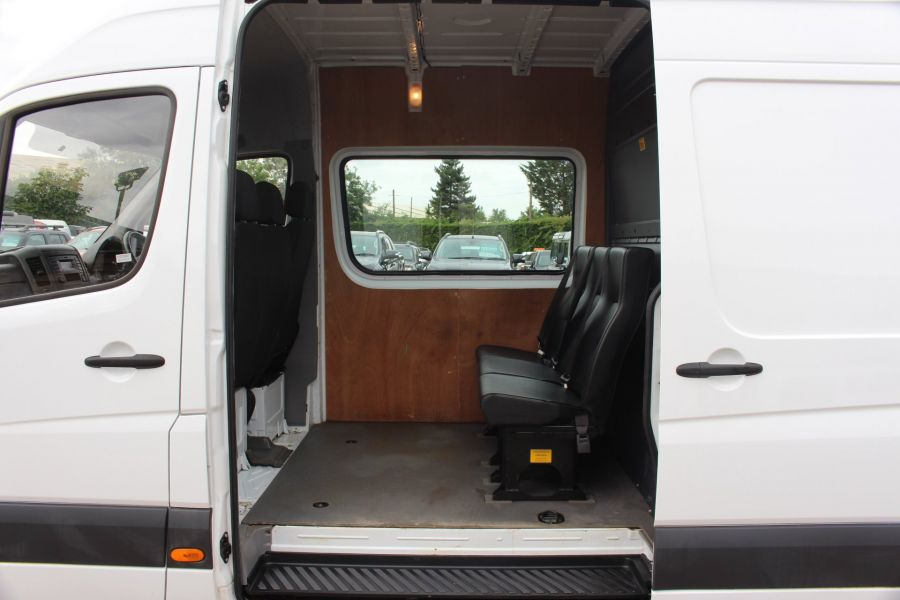 MERCEDES SPRINTER 313 CDI MWB HIGH ROOF 6 SEAT CREW VAN - 6303 - 18