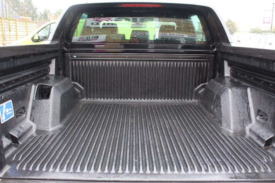 FORD RANGER WILDTRAK TDCI 197 4X4 DOUBLE CAB - 7635 - 24