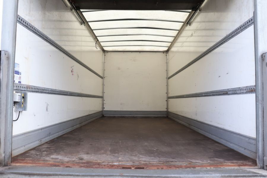 IVECO EUROCARGO  75E16S 4X2 GRP BOX WITH TAIL LIFT  (13925) - 12206 - 39
