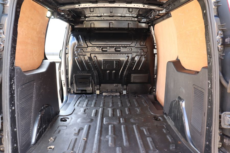 FORD TRANSIT CONNECT 240 TDCI 115 L2H1 LIMITED LWB LOW ROOF - 9745 - 37