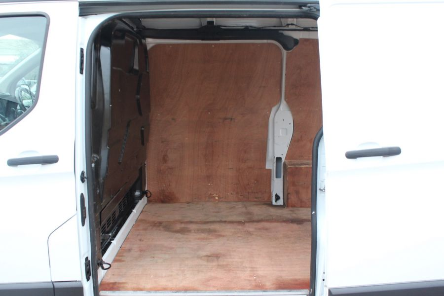 FORD TRANSIT CUSTOM 270 TDCI 100 L1 H2 SWB HIGH ROOF FWD - 6966 - 18