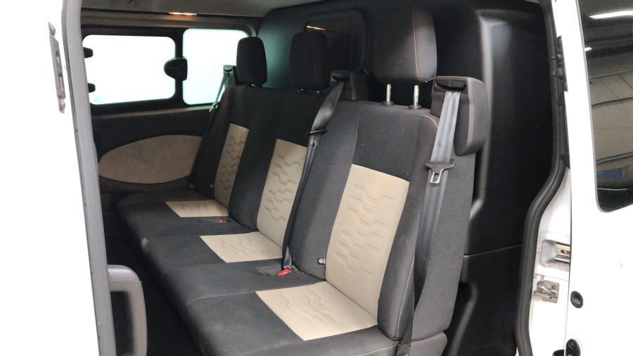 FORD TRANSIT CUSTOM 290 TDCI 125 L2H1 LIMITED DOUBLE CAB 6 SEAT CREW VAN LWB LOW ROOF FWD - 11880 - 15