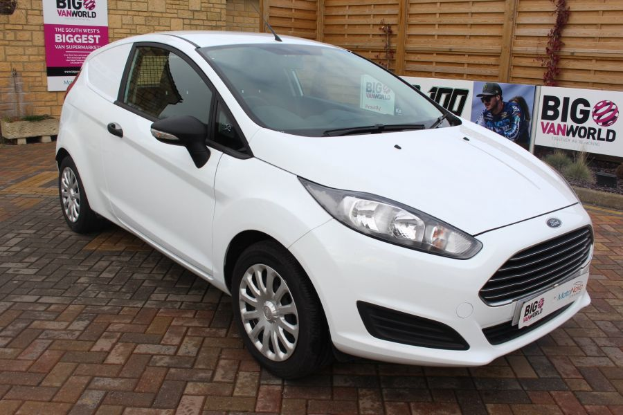 FORD FIESTA BASE 1.5 TDCI 74 - 7301 - 3