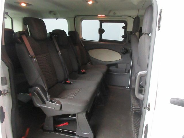 FORD TOURNEO CUSTOM 300 TDCI 100 L1 H1 8 SEAT MINIBUS SWB LOW ROOF FWD - 6983 - 12