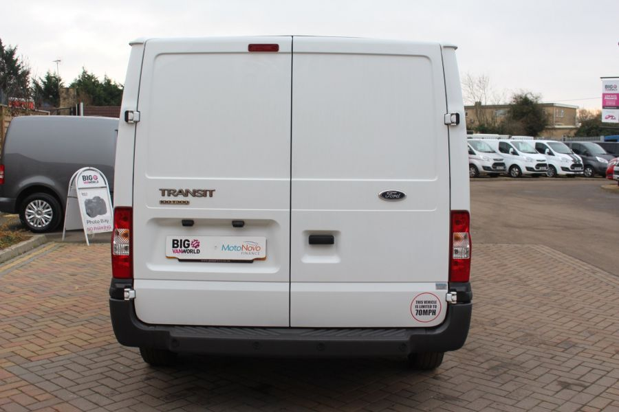 FORD TRANSIT 300 TDCI 100 SWB LOW ROOF FWD - 6939 - 6