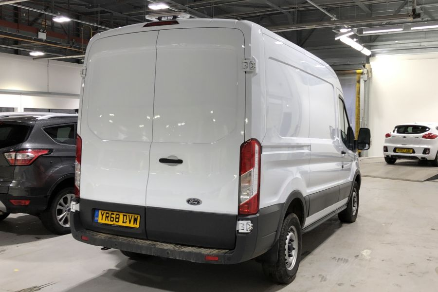 FORD TRANSIT 330 TDCI 105 L2H2 MWB MEDIUM ROOF FWD - 12268 - 3