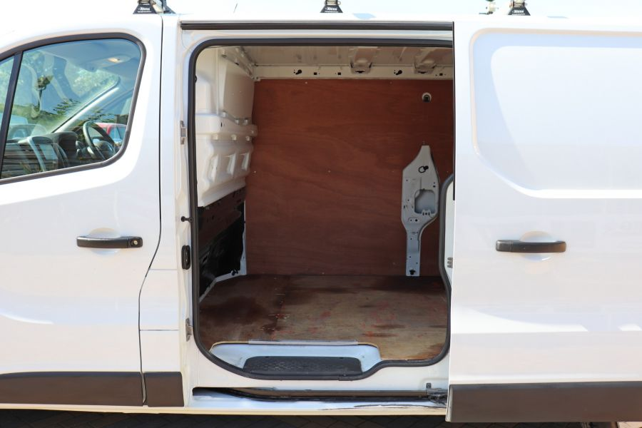 RENAULT TRAFIC LL29 DCI 115 BUSINESS LWB LOW ROOF - 9391 - 33