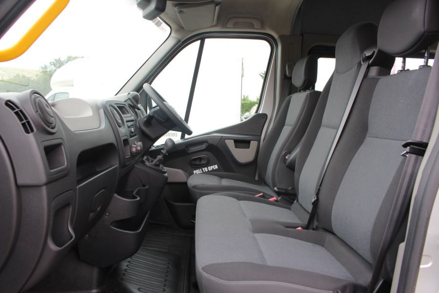 NISSAN NV400 F35 DCI 125 L3 H2 SE LWB MEDIUM ROOF 13 SEAT BUS - 6485 - 22