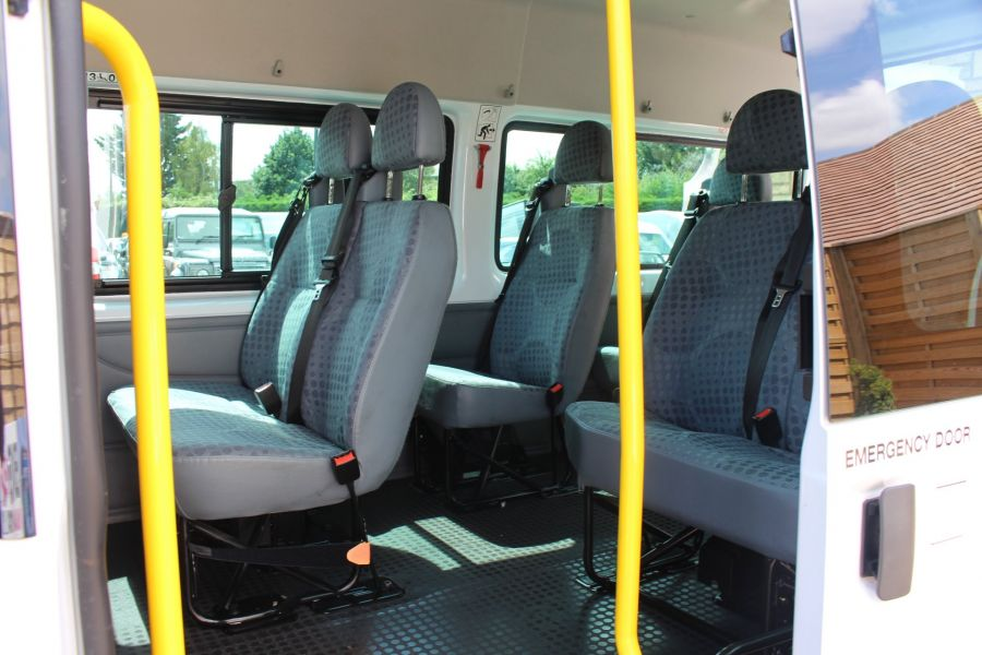 FORD TRANSIT 350 TDCI 135 LWB MEDIUM ROOF 14 SEAT BUS - 6413 - 19