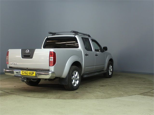 NISSAN NAVARA DCI 190 TEKNA CONNECT 4X4 DOUBLE CAB - 6839 - 2