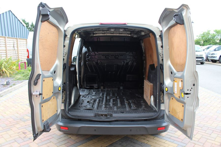 FORD TRANSIT CONNECT 200 TDCI 115 L1 H1 LIMITED SWB LOW ROOF - 9459 - 28