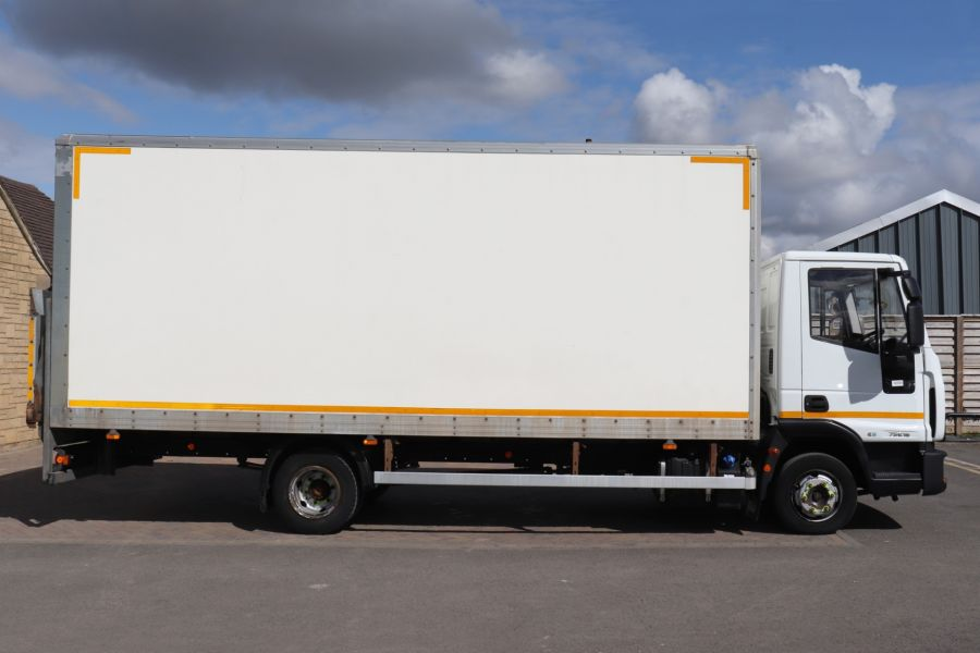 IVECO EUROCARGO  75E16S 4X2 GRP BOX WITH TAIL LIFT  (13925) - 12206 - 7