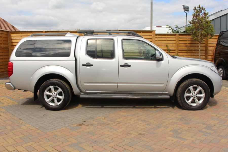 NISSAN NAVARA DCI 190 TEKNA CONNECT 4X4 DOUBLE CAB AUTO WITH TRUCKMAN TOP - 5975 - 4