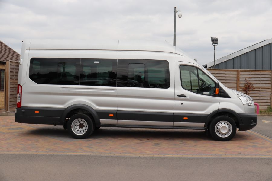 FORD TRANSIT 460 TDCI 155 L4H3 TREND 17 SEAT BUS HIGH ROOF DRW RWD - 11641 - 7