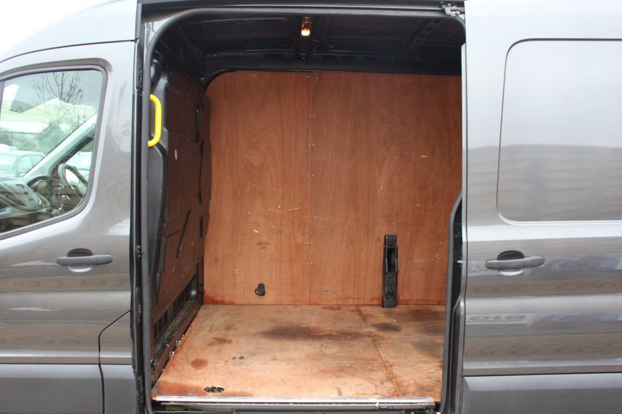 FORD TRANSIT 310 TDCI 125 L3 H2 LWB MEDIUM ROOF FWD - 7073 - 18