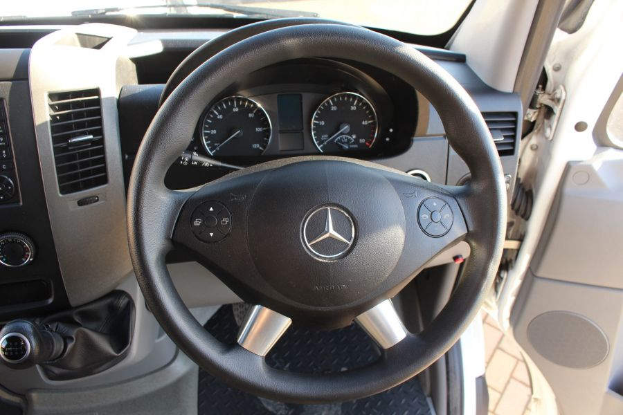 MERCEDES SPRINTER 319 CDI XLWB HIGH ROOF - 6971 - 13