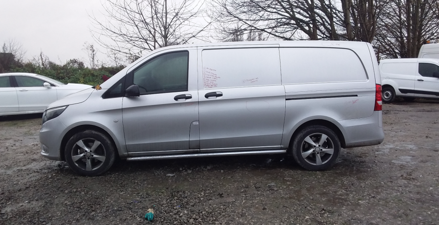 MERCEDES VITO 116 CDI 163 BLUETEC SPORT LWB LOW ROOF - 11937 - 4