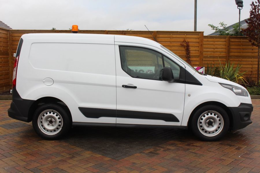 FORD TRANSIT CONNECT 200 TDCI 95 L1 H1 SWB LOW ROOF - 6616 - 4