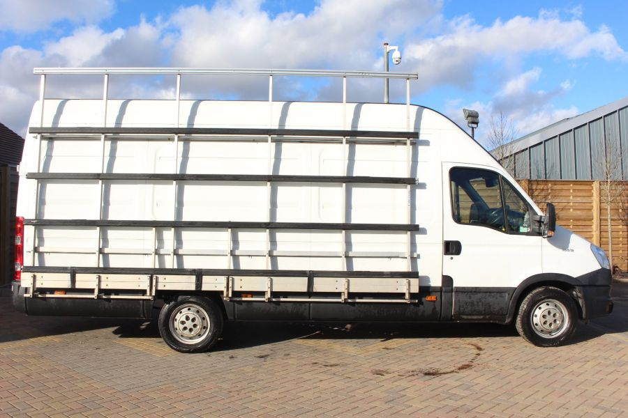IVECO DAILY 35S13 3950 WB LWB EXTRA HIGH ROOF - 7383 - 3