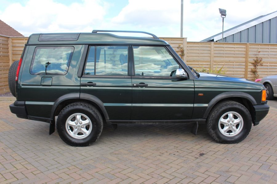 LAND ROVER DISCOVERY TD5 136 GS 7STR - 9105 - 4