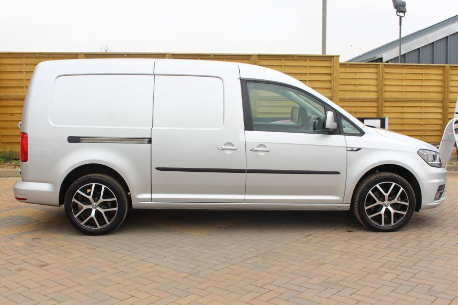 VOLKSWAGEN CADDY MAXI C20 TDI 150 HIGHLINE - 5880 - 2