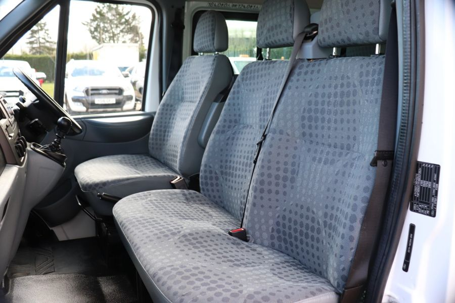 FORD TRANSIT 430 TDCI 135 EL LWB 17 SEAT BUS HIGH ROOF WITH WHEELCHAIR ACCESS RAMP DRW RWD - 10401 - 30