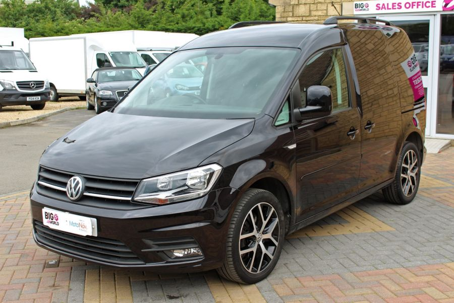 VOLKSWAGEN CADDY C20 TDI 102 BLACK EDITION - 9301 - 9