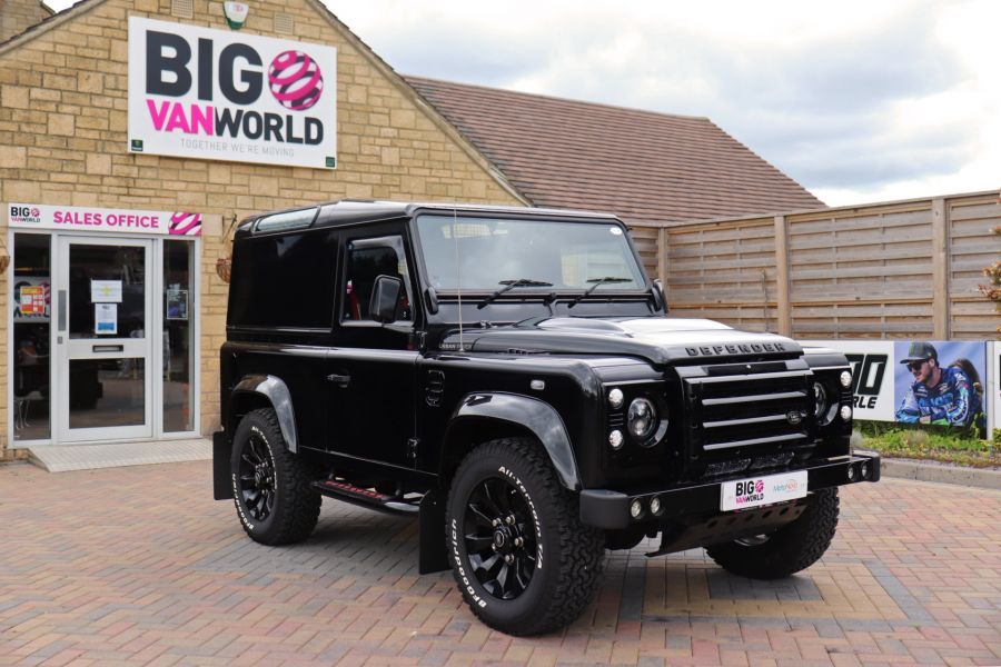 LAND ROVER DEFENDER 90 TD 122 XS URBAN TRUCK HARD TOP - 11096 - 3