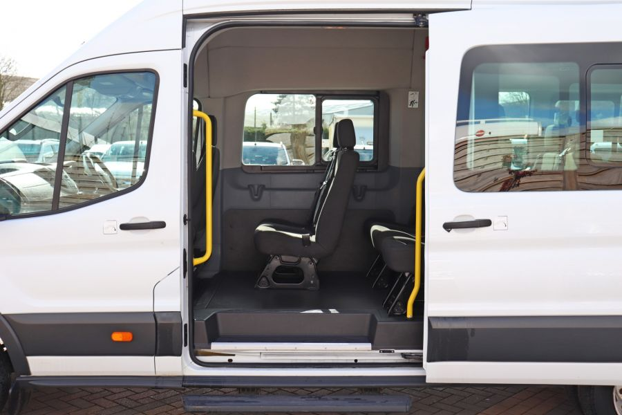 FORD TRANSIT 460 TDCI 125 L4H3 17 SEAT BUS HIGH ROOF DRW RWD - 10341 - 30
