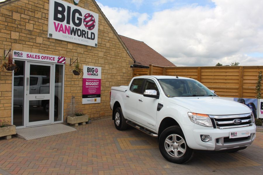 FORD RANGER 2.2 TDCI LIMITED 4X4 DOUBLE CAB WITH MOUNTAIN TOP - 6374 - 1
