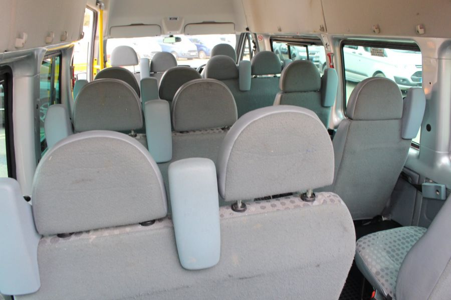 FORD TRANSIT 430 TDCI 135 HIGH ROOF 17 SEAT BUS - 5825 - 21