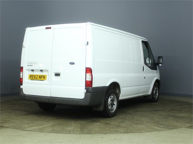 FORD TRANSIT 300 TDCI 100 SWB LOW ROOF FWD - 7264 - 2