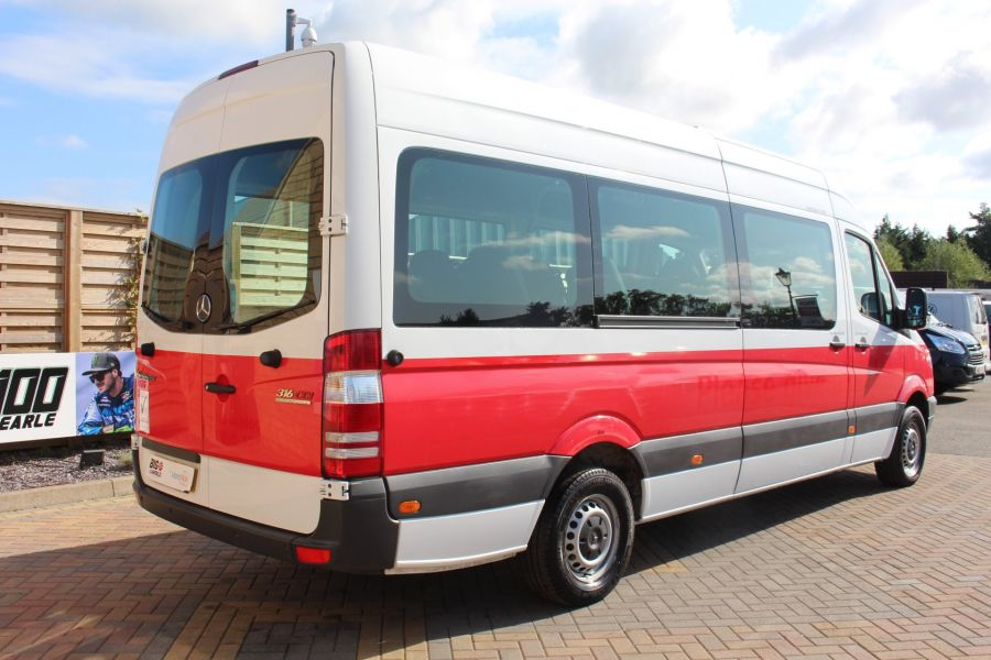 MERCEDES SPRINTER 316 CDI 163 TRAVELINER LWB 15 SEAT BUS HIGH ROOF - 8106 - 5