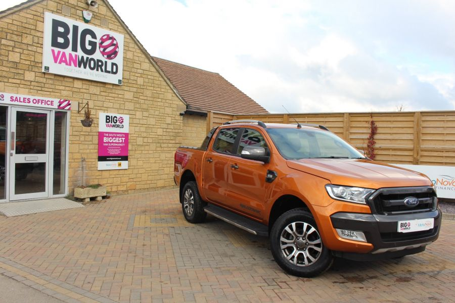 FORD RANGER WILDTRAK 4X4 TDCI 197 DOUBLE CAB - 7360 - 1