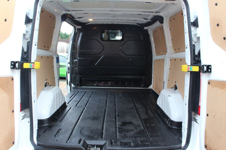 FORD TRANSIT CUSTOM 290 TDCI 155 L1 H1 SPORT SWB LOW ROOF FWD - 7036 - 23