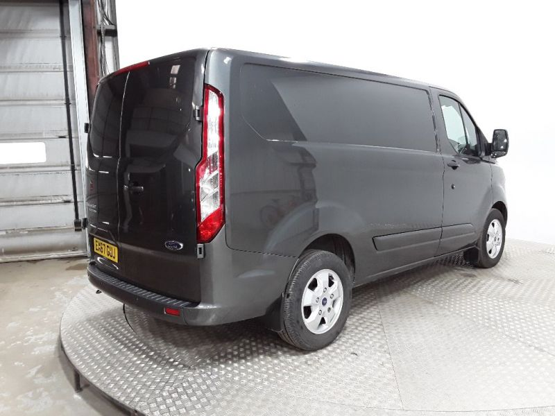 FORD TRANSIT CUSTOM 270 TDCI 130 L1H1 LIMITED SWB LOW ROOF FWD - 11632 - 3