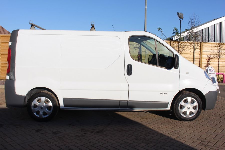 RENAULT TRAFIC SL27 DCI 115 L1 H1 SWB LOW ROOF - 7060 - 4