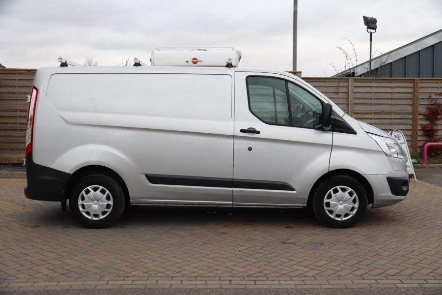 FORD TRANSIT CUSTOM 290 TDCI 130 L1H1 TREND SWB LOW ROOF FWD - 10465 - 4