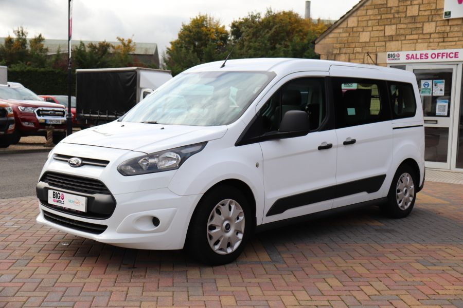 FORD GRAND TOURNEO CONNECT TDCI 95 COMBI VAN WITH WHEELCHAIR ACCESS - 11545 - 10