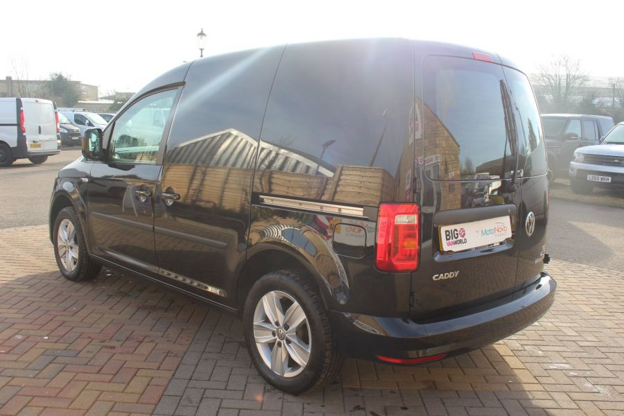 VOLKSWAGEN CADDY C20 TDI 150 HIGHLINE BLUEMOTION TECH DSG - 7222 - 7