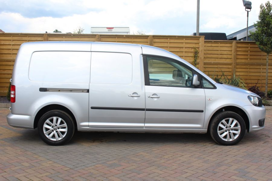 VOLKSWAGEN CADDY MAXI C20 TDI 102 HIGHLINE - 6136 - 4