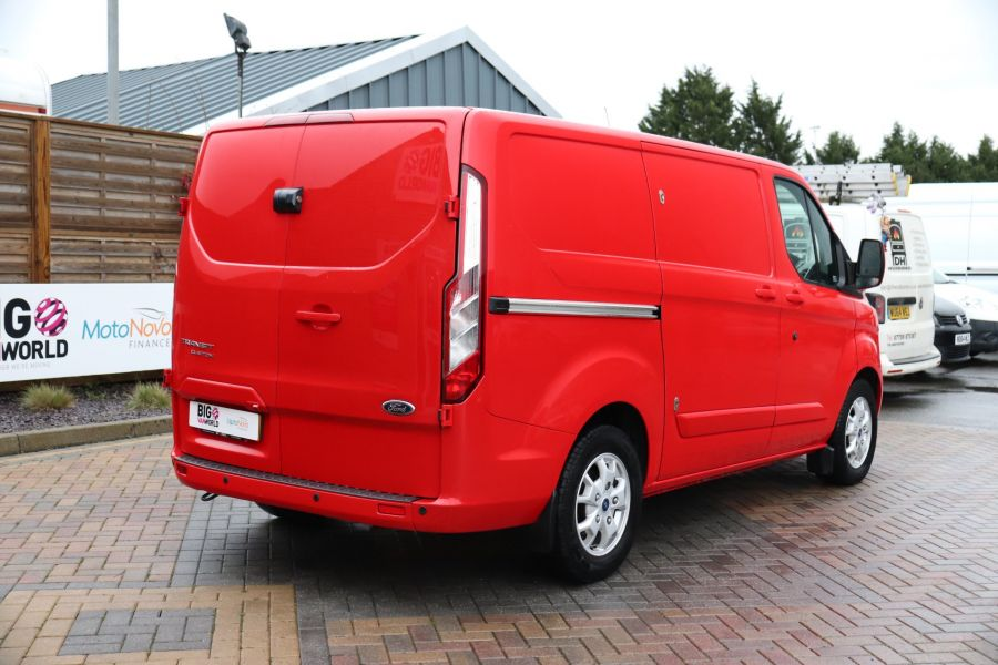 FORD TRANSIT CUSTOM 290 TDCI 125 L1H1 LIMITED SWB LOW ROOF FWD - 11904 - 8