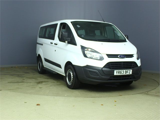 FORD TOURNEO CUSTOM 300 TDCI 100 L1 H1 8 SEAT MINIBUS SWB LOW ROOF FWD - 6983 - 1