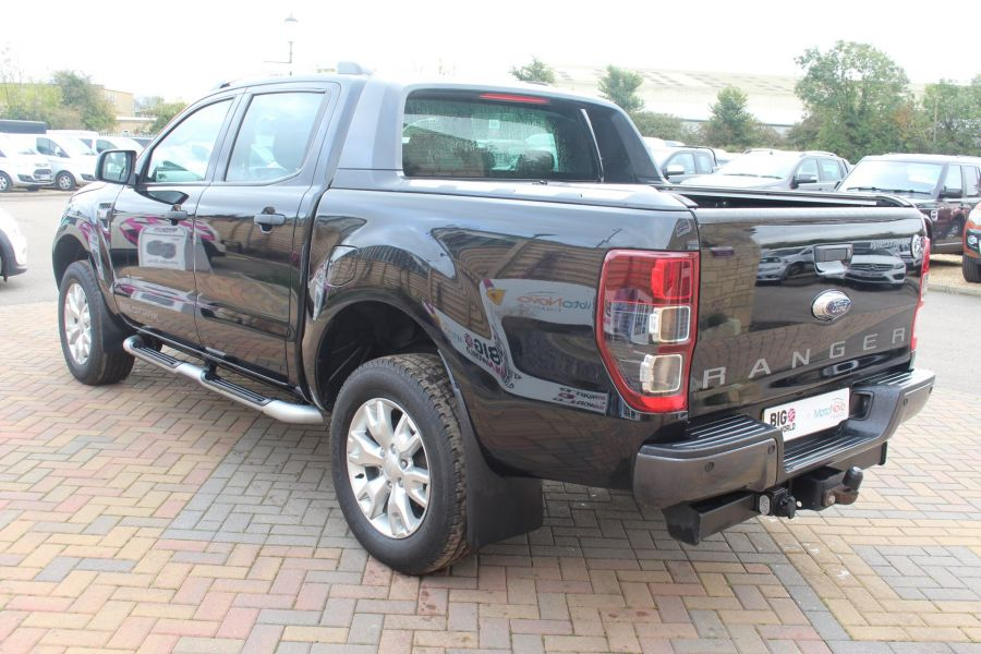 FORD RANGER WILDTRAK TDCI 200 4X4 DOUBLE CAB WITH ROLL'N'LOCK TOP - 6801 - 7