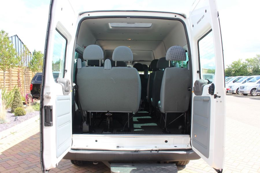 FORD TRANSIT 350 TDCI 135 LWB MEDIUM ROOF 14 SEAT BUS - 6413 - 24