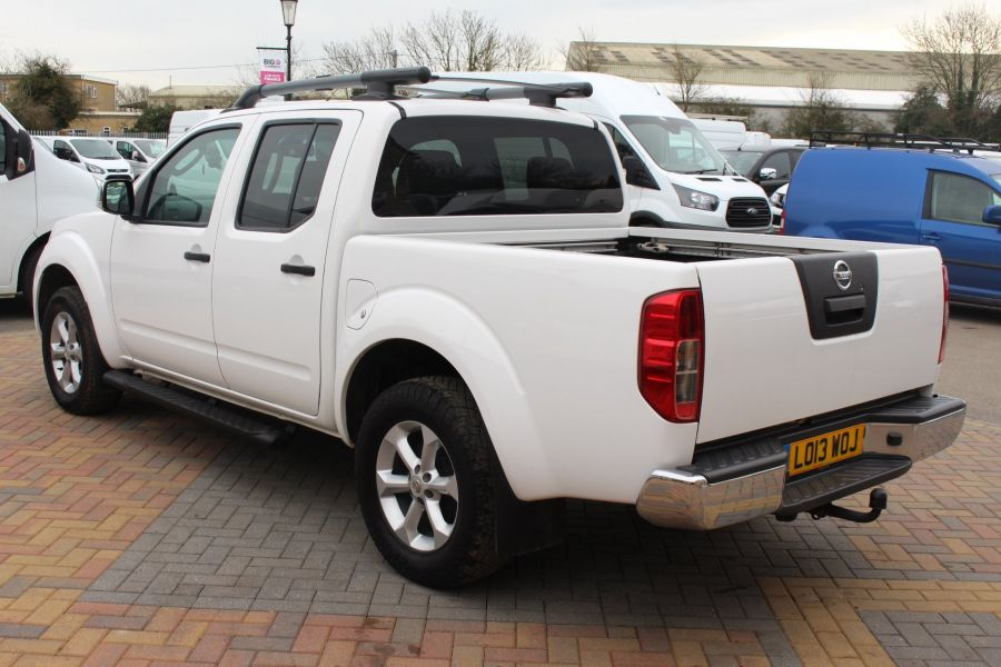 NISSAN NAVARA DCI 190 TEKNA CONNECT 4X4 DOUBLE CAB - 7425 - 7